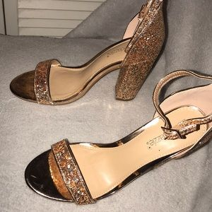 Neri ankle strap heeled sandal